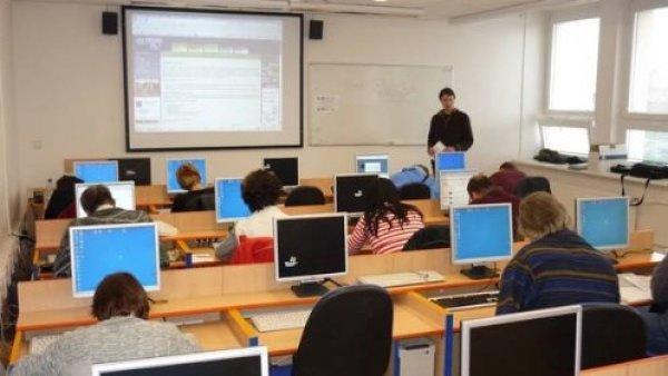 Kurzy počítačových dovedností pro začátečníky a mírně pokročilé