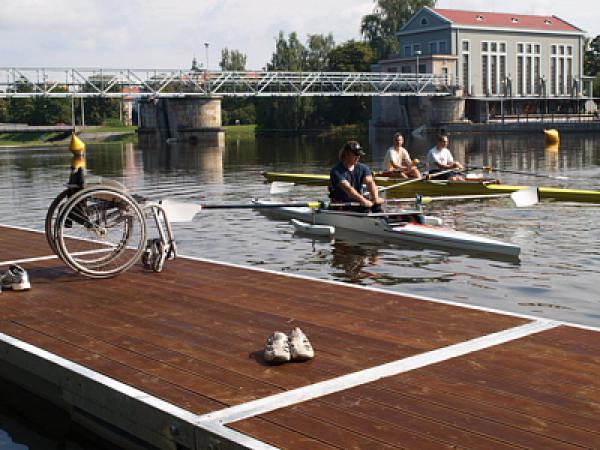 Lodní sporty pro handicapované sportovce.